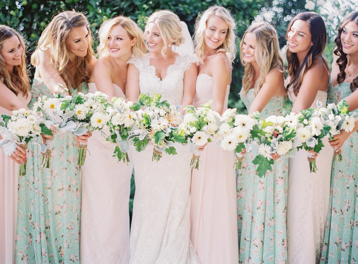 Druhny i drużbowie, stroje dla druhen inspiracje, strój na ślub i wesele