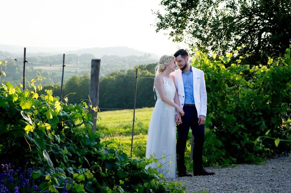 Rustykalne wesele Dolina Cedronu, dekoracje wesele z gipsówką