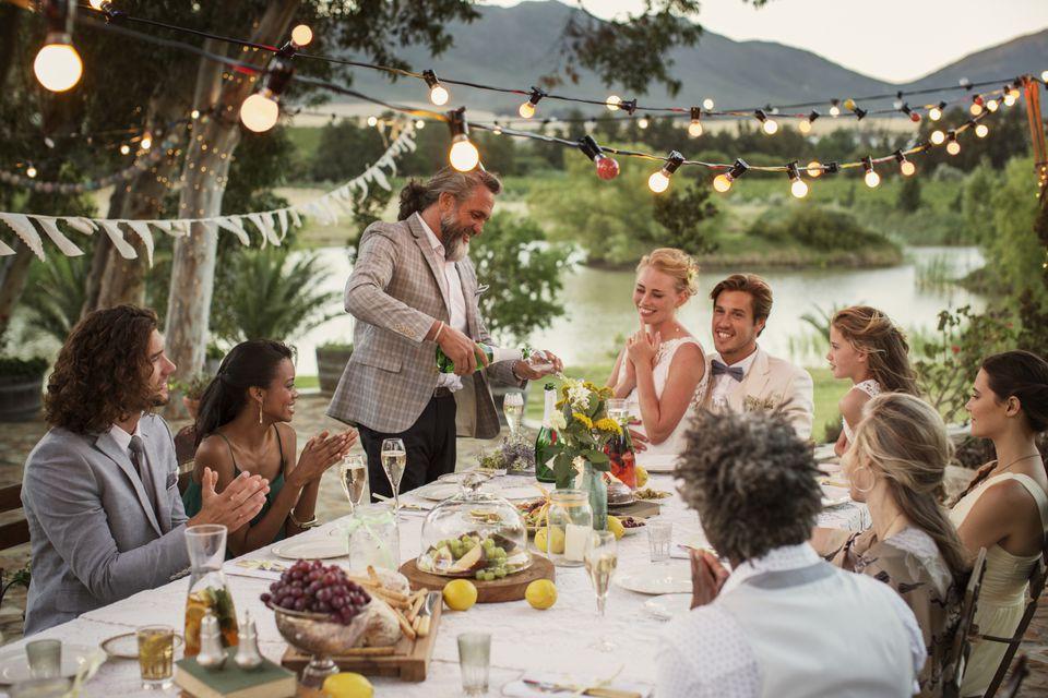Koszty ślubu i wesela, wydatki na ślub i wesele, pieniądze na ślub i wesele