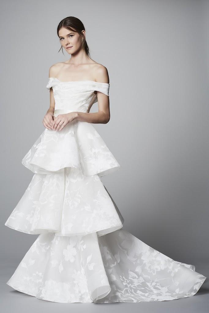 Marchesa suknie ślubne 2018, Najpiękniejsze suknie ślubne 2018, Suknie ślubne znanych projektantów, Trendy ślubne 2018, Modna Panna Młoda, Panna Młoda 2018, Wedding Dress 2018, Modna suknie ślubne, Panna Młoda ubiór