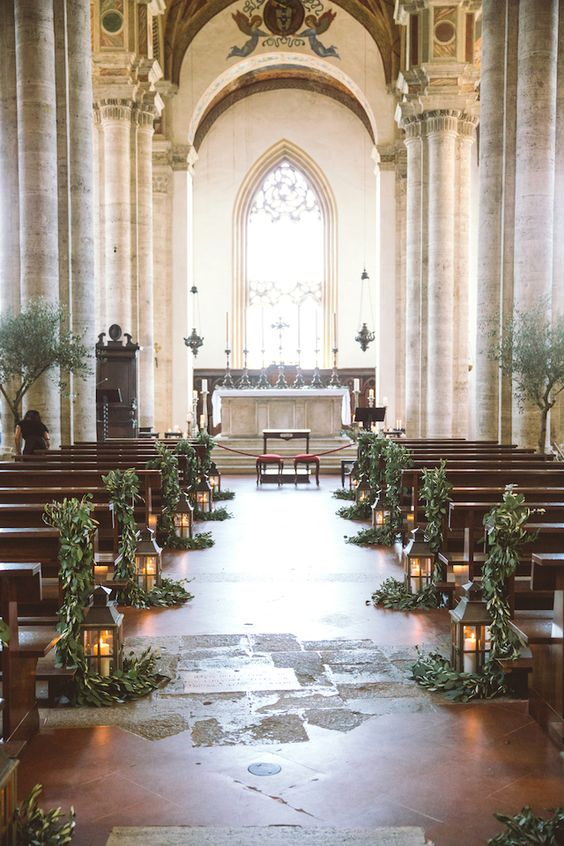 Ceremonia Ślubna, Dekoracje przejścia Pary Młodej, Tło ceremonii ślubnej, Dekoracje Ślubu w Plenerze, Dekoracje ślubne, Trendy ślubne, Lampiony, Płatki do ślubu