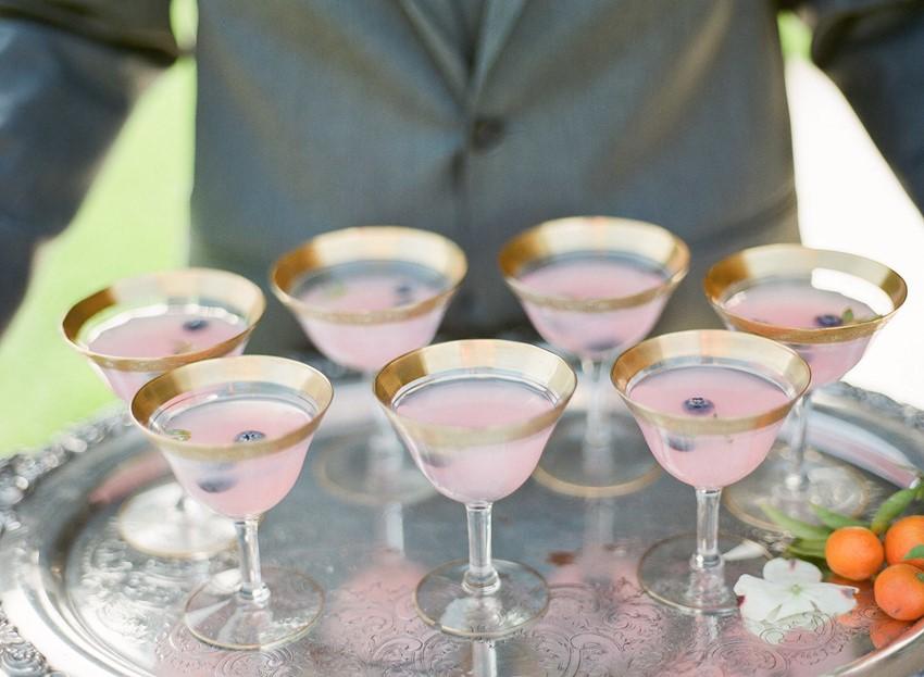 Drinki na wesele latem, Ślub i wesele latem, pomysły i inspiracje na ślub latem, Organizacja ślubu i wesela, ślub i wesele w ogrodzie, ślub w plenerze, dekoracje na ślub latem, Letni ślub, letnie wesele