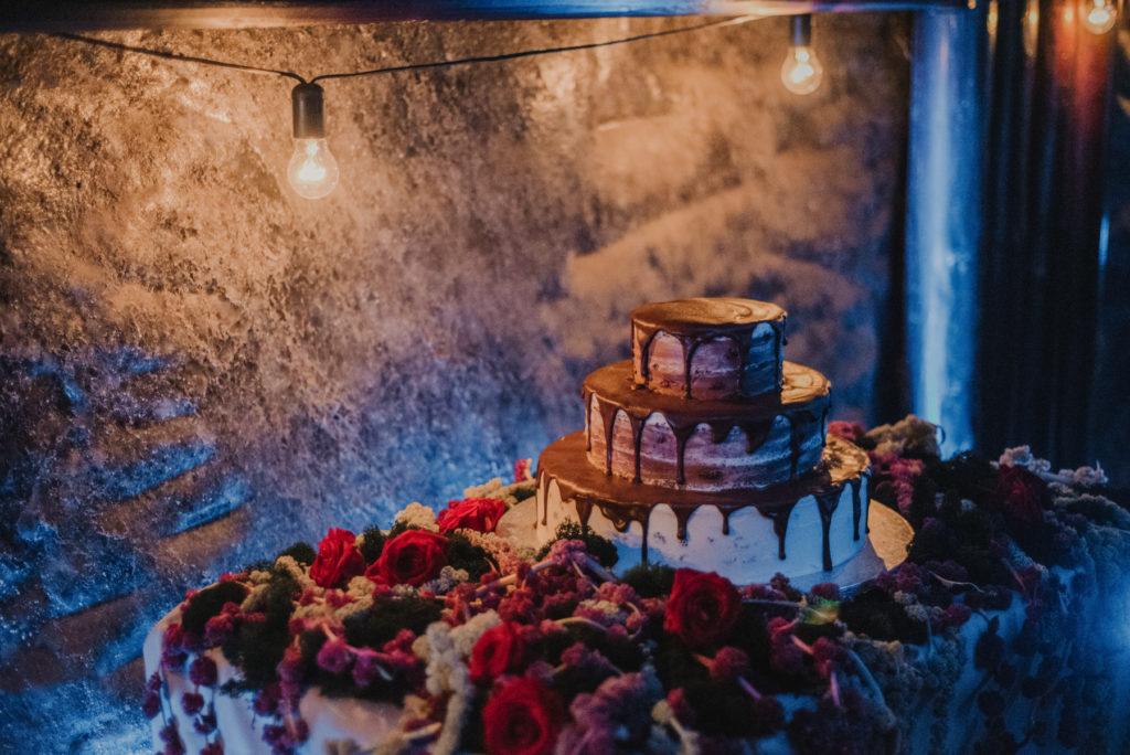 Ślub w Kopalni Soli w Wieliczce, Wesele w Kopalni Soli, Unikalne miejsce na wesele, Oryginalne miejsce na wesele, Wesele w Krakowie, Wedding Planner Krakow, Wesele w Polsce, Wedding in the Salt Mine Wieliczka, Wedding in Kraków, Wedding in Poland, Unique place for Wedding, Wedding Venues Krakow, Kopalnia Soli, Komora Haluszka w Kopalni, Dekoracje ślubne, Amazing Wedding, American Dream Wedding, ślub międzynarodowy, dekoracje światłem, polsko amerykańskie wesele