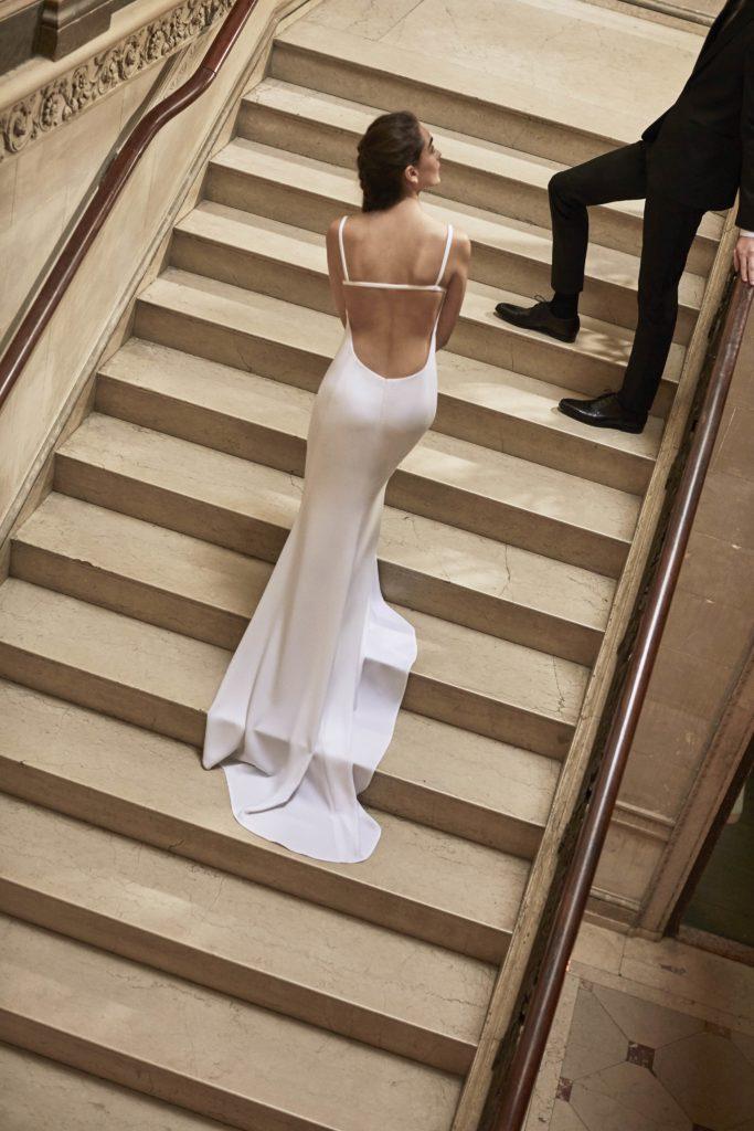 Carolina Herrera bridal 2019 Suknie ślubne 2019 śluby 2019 trendy ślubne 2019 panna młoda szczególy ślubne suknia ślubna modne suknie ślubne projektanci suknie ślubnych inspiracje ślubne blog ślubny moda
