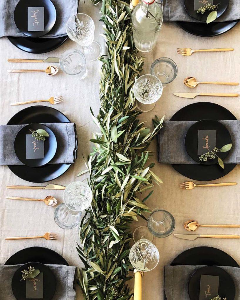 Dekoracje stołu na Wigilię, Dekoracje stołu wigilijnego, Świąteczne dekoracje stołu, Dekoracje stołu na wesele zimą, wesele na zimę, wesele w Boże Narodzenie, Stół Wigilijny, Kolacja Wigilijna, Świąteczny Stół, Boże Narodzenie, Wystrój Świąteczny, Jaki stół na Święta, Świąteczne inspiracje, Weselne inspiracje, wesele zimowe, wystrój stołów