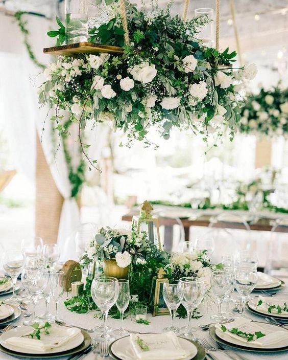 Dekoracje weselne stołów, kwiatowe dekoracje, wiosenne dekoracje stołów, wiosenne dekoracje ślubne, wiosenne kompozycje ślubne, wiosenne kwiaty, kwiatowe pomysły na ślub wiosną, wiosenne kompozycje na ślub, ślub na wiosnę, kwiaty do ślubu, wesele wiosną, spring wedding, spring decorations table