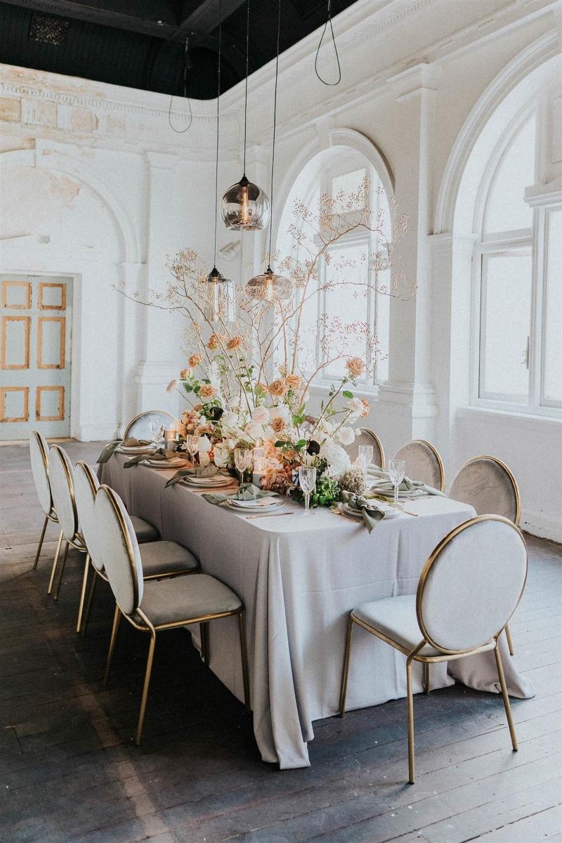 Stylizacja stołów na wesele, dekoracja stołów weselnych, sala weselna wystrój, orginalna dekoracja wesela, orginalny wystrój na wesele, wedding planner Krakow, konsultant ślubny Kraków, Winsa Wedding Planners, Inspiracje ślubne, Blog ślubny dekoracje na wesele, najpiękniejsze dekoracje ślubne, wesele dekoracje, miejsce na wesele, dekoracje miejsca na wesele